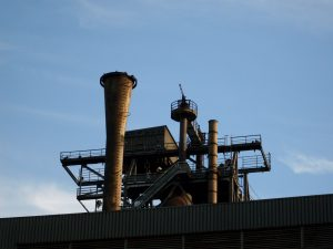 Das ehemalige Hüttenwerk in Duisburg bzw. der Landschaftspark gehört zu den beliebten Ausflugszielen und touristischen Highlights im Ruhrgebiet bzw. am Niederrhein.